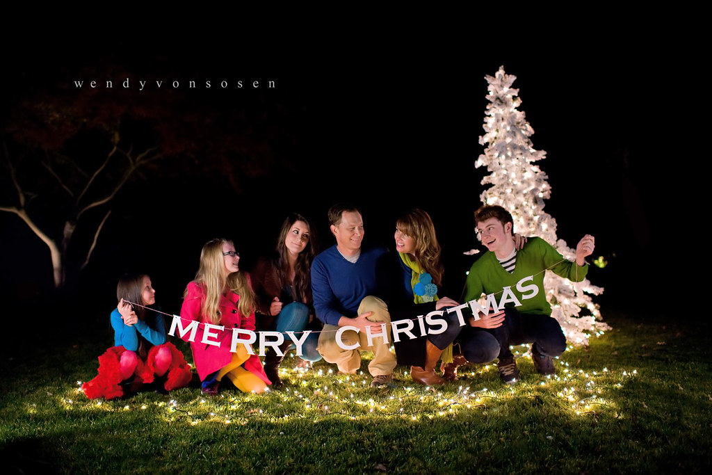 Pic3 Fun Family Christmas Session At Night