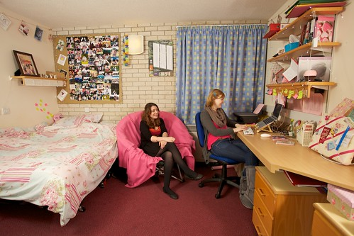 Rowe House Double Bedroom Accessible Flats Contain