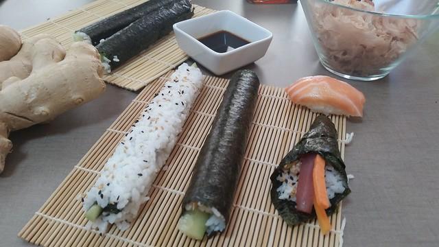 Diferentes tipos de Sushi según su elaboración: Nigiri, temaki, californiarolls y makisushi