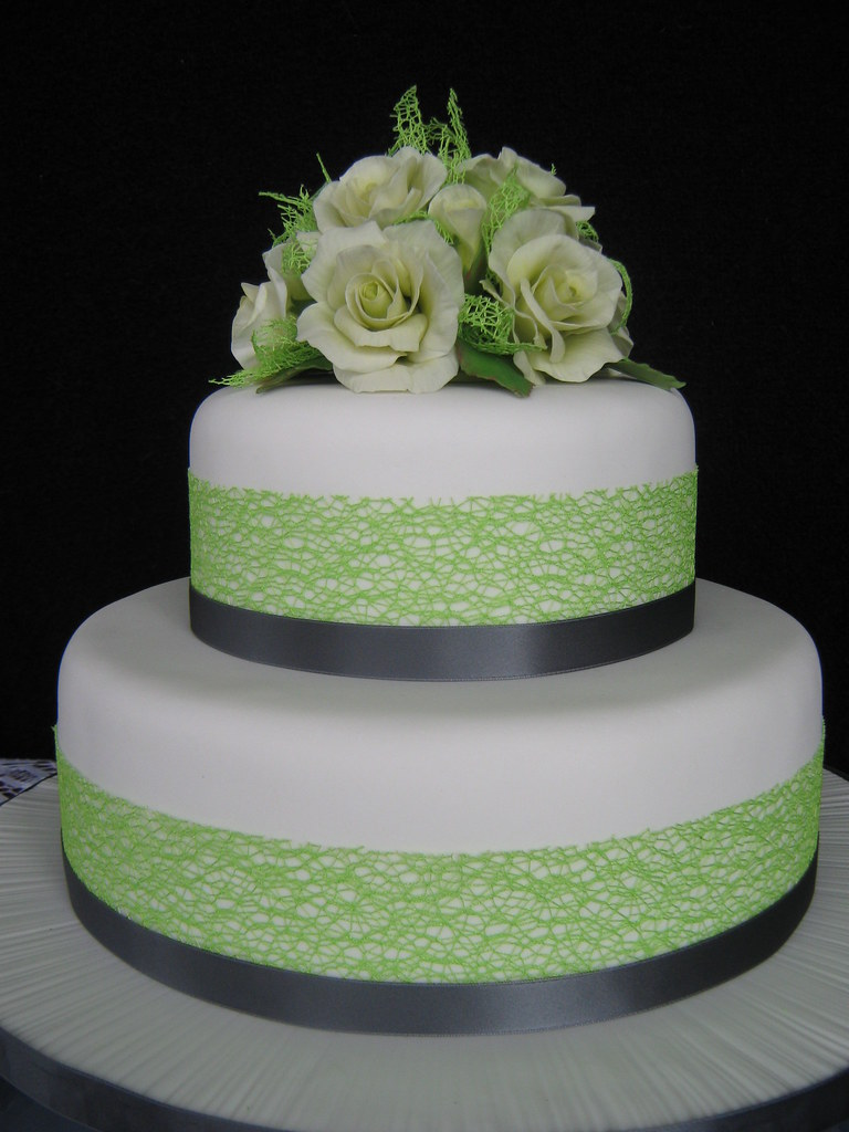 Lime And Charcoal Coloured Wedding Cake With Pale Creamy L