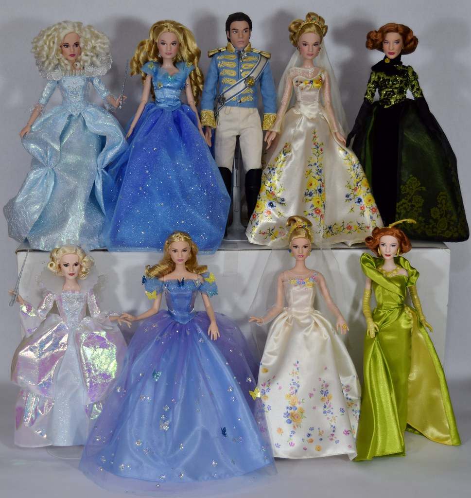Complete Set Of Disney Cinderella Movie Dolls Disney Sto