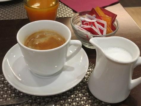 04 IMG_0388_cofee&milk