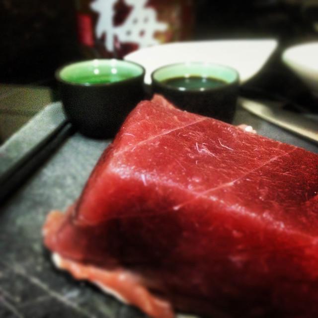 Pieza de atún rojo para tataki