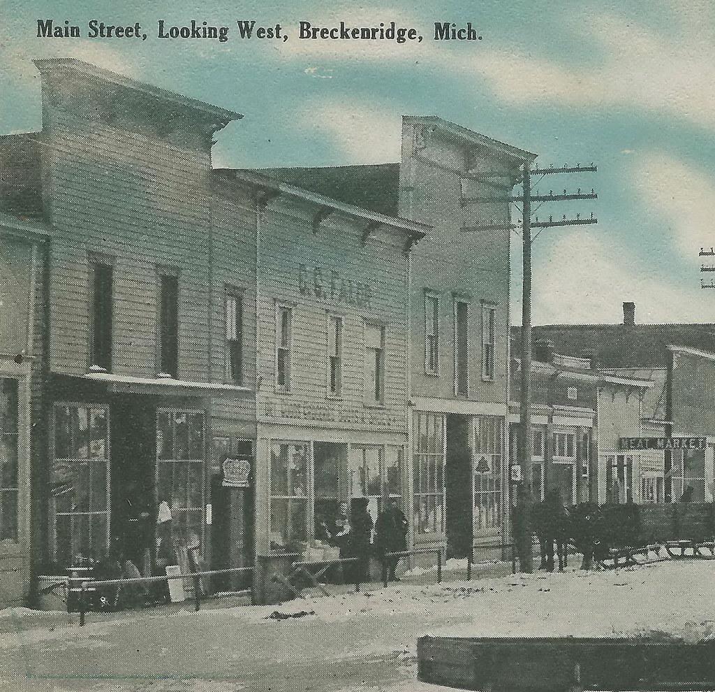 CEN Breckenridge MI 1908 Horse Drawn Sleighs Downtown Near