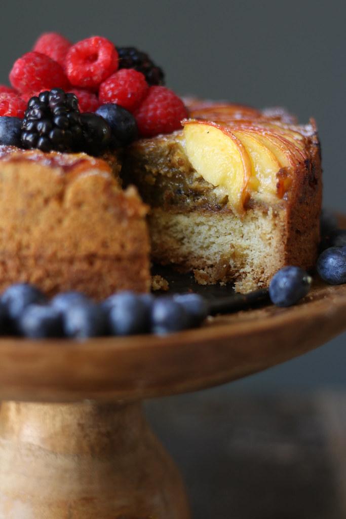 Nectarine Pistachio Frangipane Cake / Tart |foodfashionparty| #nectarinecake #summercake