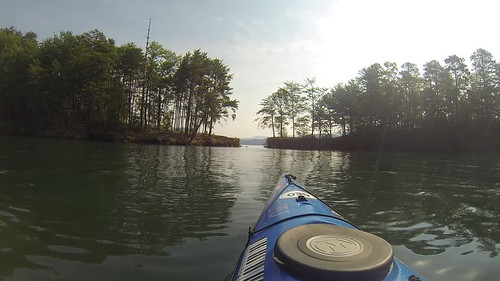 Lake Jocassee Kayaking
