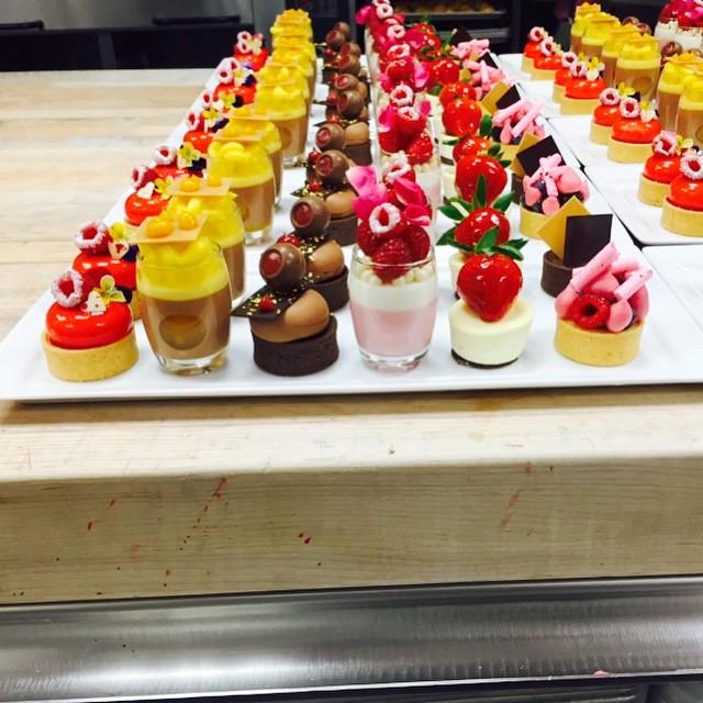 St Valentines Afternoon Tea Dessert Tray Stregisbalharbo Flickr