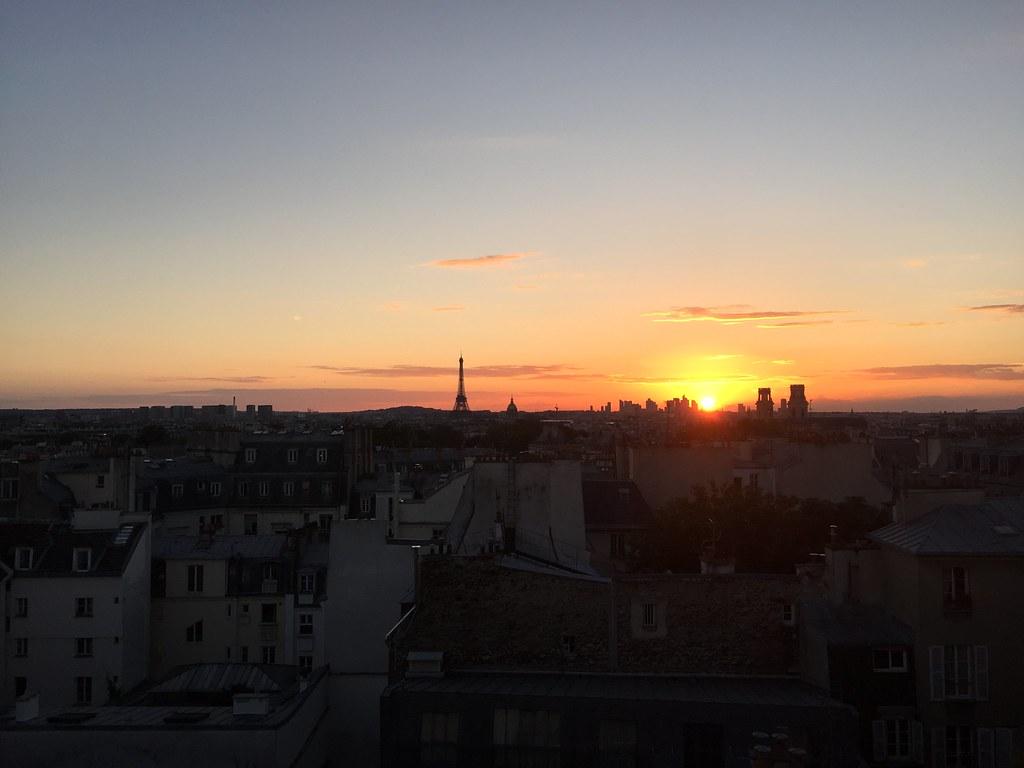 sunset eiffel tower paris
