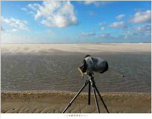 Met een regenhoes maakt het weinig uit of het regent De apparatuur blijft droog. Het beschermt tevens tegen zand.