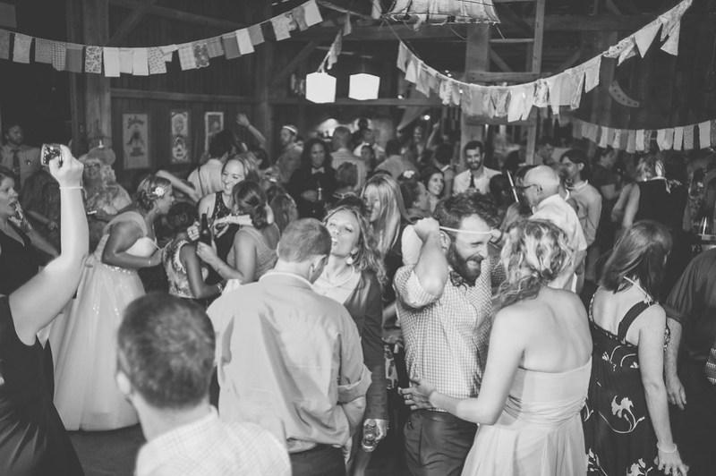 Dance Hall via @offbeatbride
