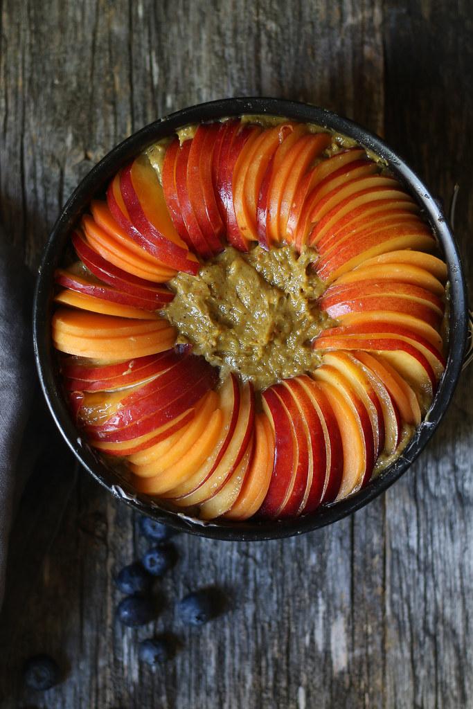Nectarine Pistachio Frangipane Cake/ Tart |foodfashionparty| #summercake #nectarinefrangipanecake
