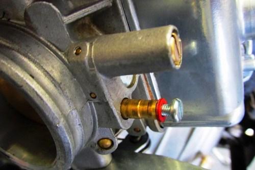 Installing Screw in Carburetor Vacuum Port