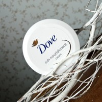 Beauty: Dove - Rich nourishment cream