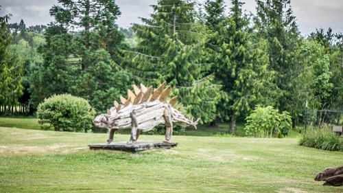 Driftwood Dinosaurs-008