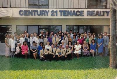 CENTURY 21 Tenace Realty group photo in the 1990's