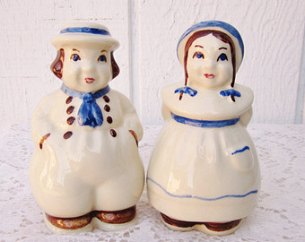 Dutch Salt and Pepper shaker