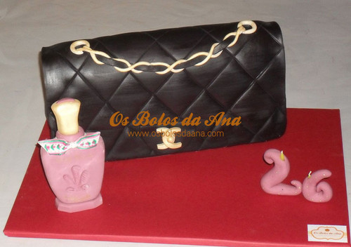 Bolo Decorado 3D Carteira Chanel