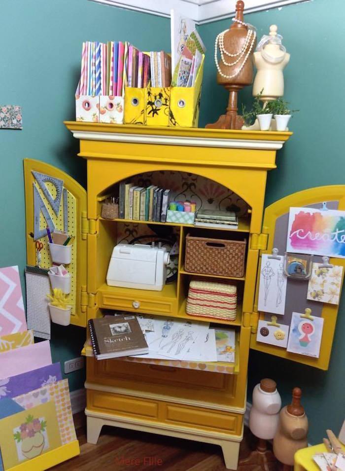 Homemade Parties DIY Party _Miniature Craft Room23