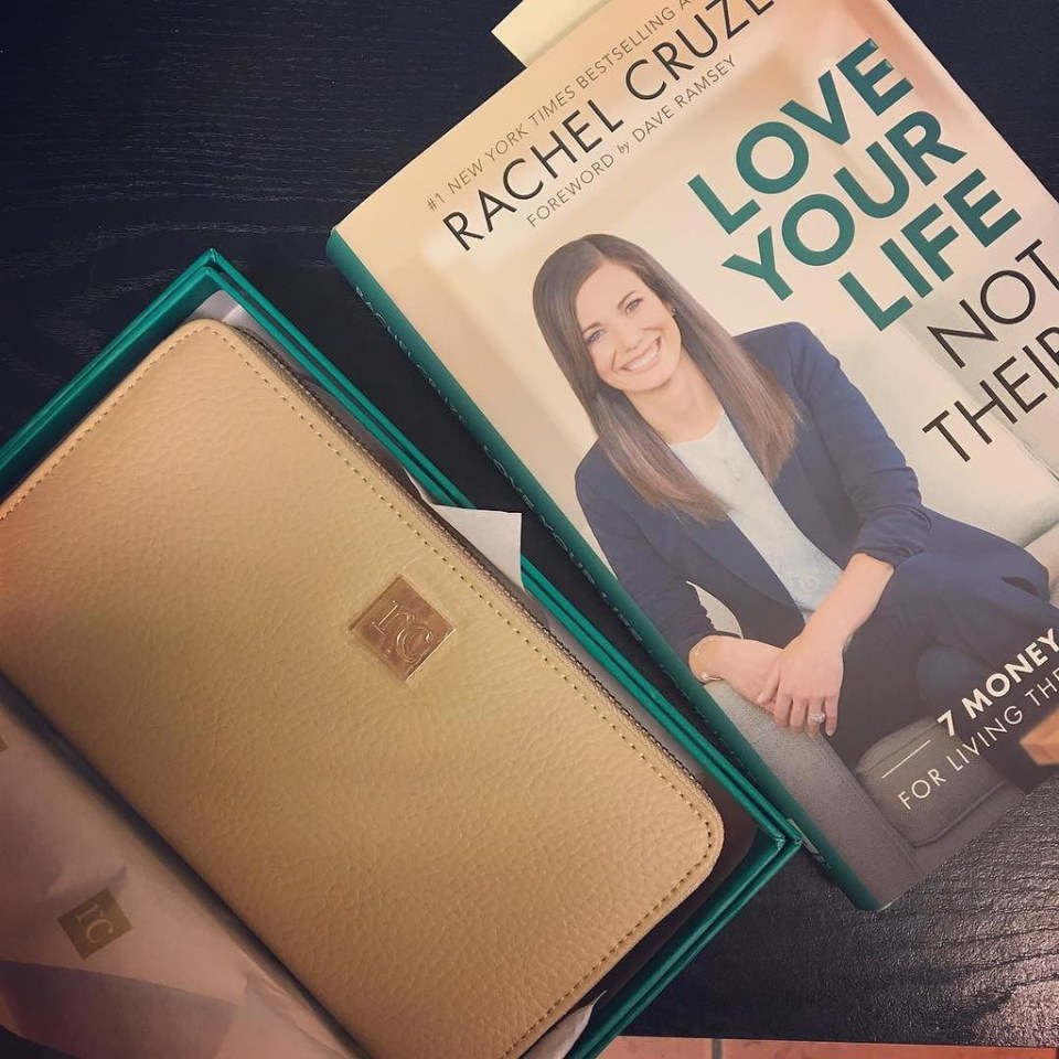 I just won the wallet raffle!! Am now the proud owner of one of @rachelcruze's new wallets! #lylbook #daveramsey #nerdandproud