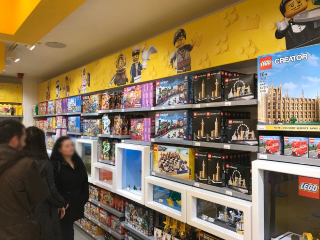 the-lego-shop-leicester-square-london-2