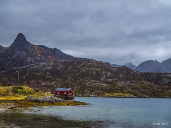 The Lake House - Hopen, Norway.jpg