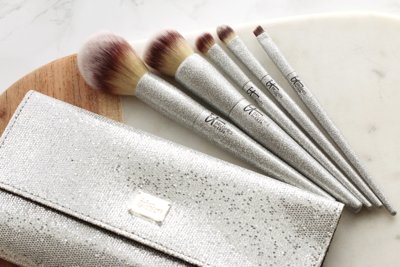 it-cosmetics-makeup-brushes-13