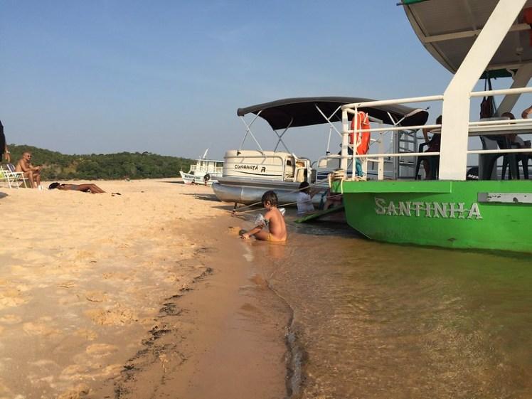 Rio Tapajós seca, praias aparecem e ataques de arraias aumentam, passeio com tio Enir