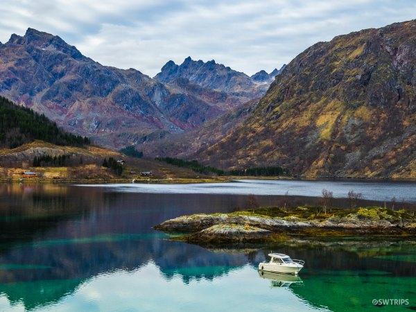 Clear Lake (2) - Brennholmsundet, Norway.jpg
