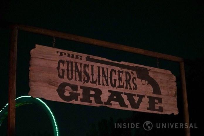 Knott's Scary Farm (2016) - The Gunslinger's Grave: A Blood Moon Rises