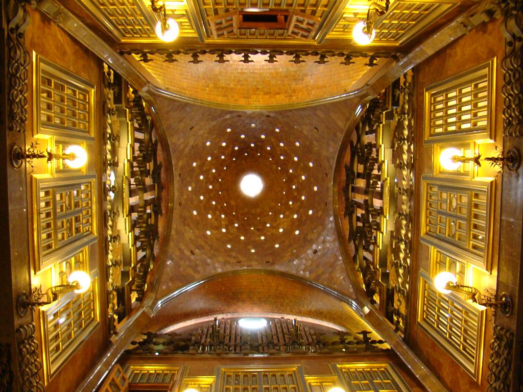 Palacio Guell interior Barcelona 21