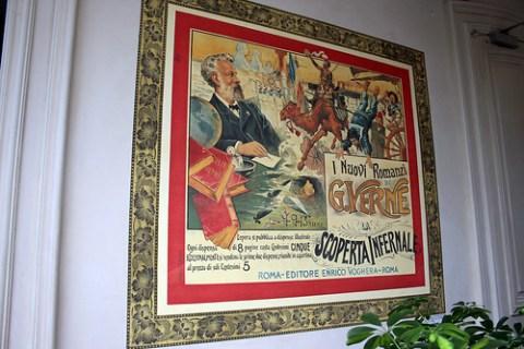 Poster in the Maison de Jules Verne