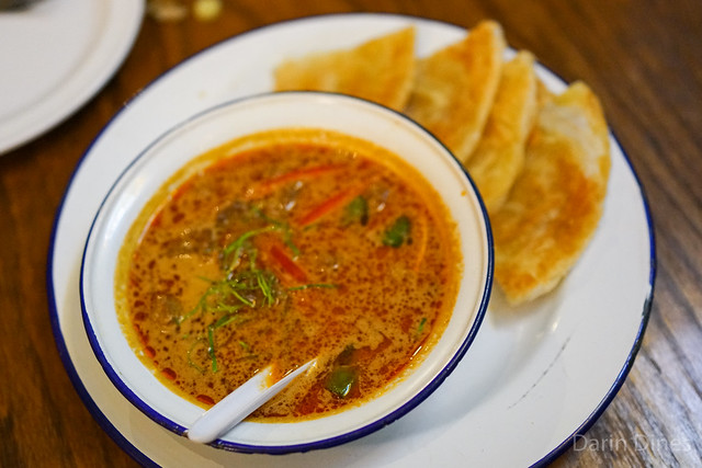 gaeng masaman lamb rich fragrant and fairly mild curry of lamb, potato, carrot with roti