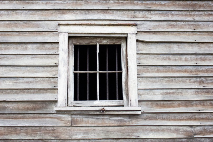rocky-hill-castle-chadds-ford-fire-damage-barn-window