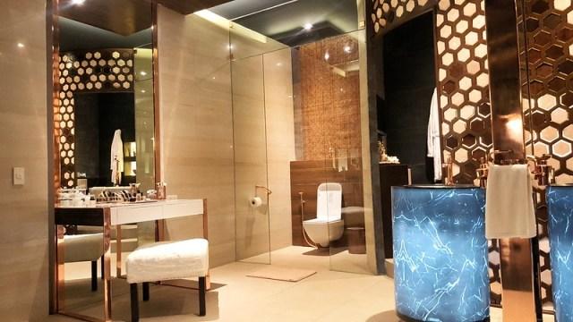 Modern Filipino Toilet & bath