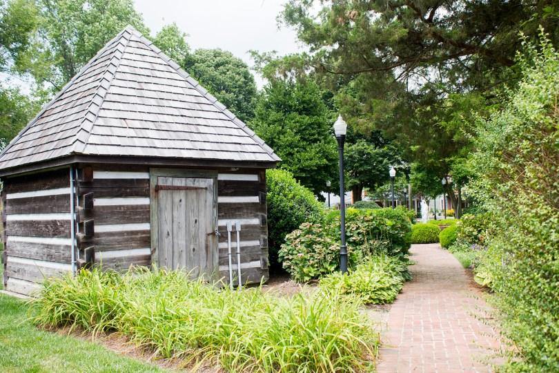 historic-lewes-delaware-log-shed
