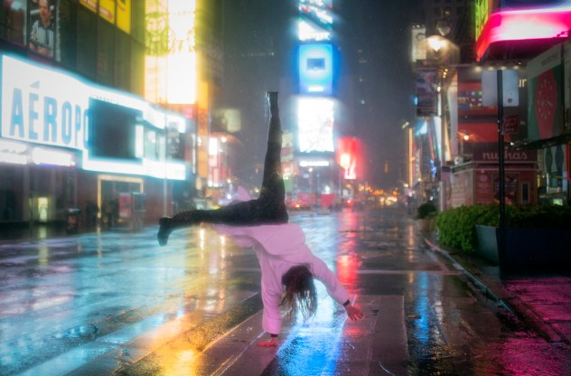 Hurricane Sandy - Cartwheel in Times Square