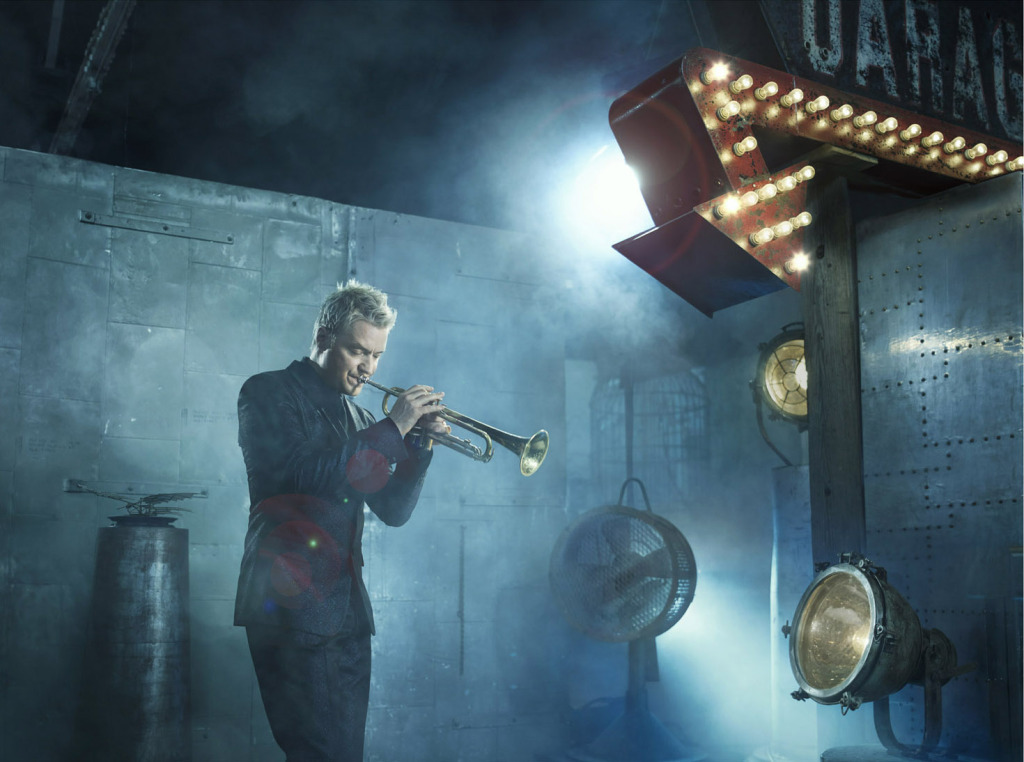 Genlux_Chris_Botti_Stage_Web