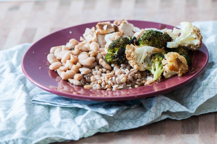 Balsamic Chicken and Veggie Farro Bowls 3