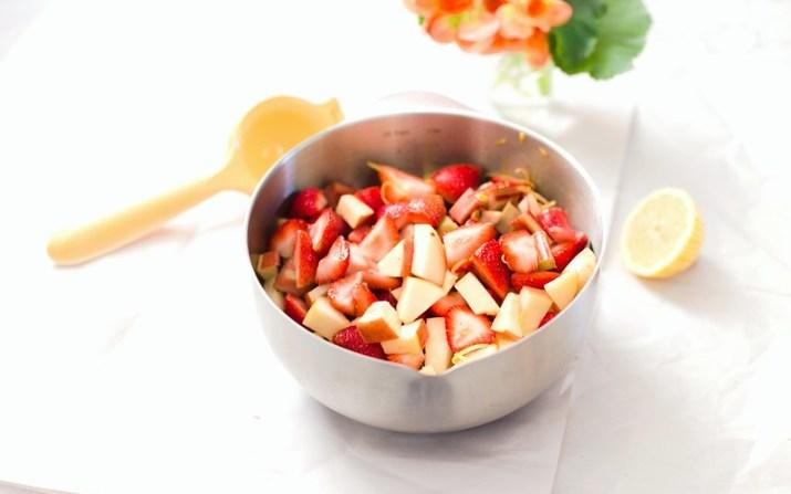 Strawberry, Rhubarb and Apple Crumble