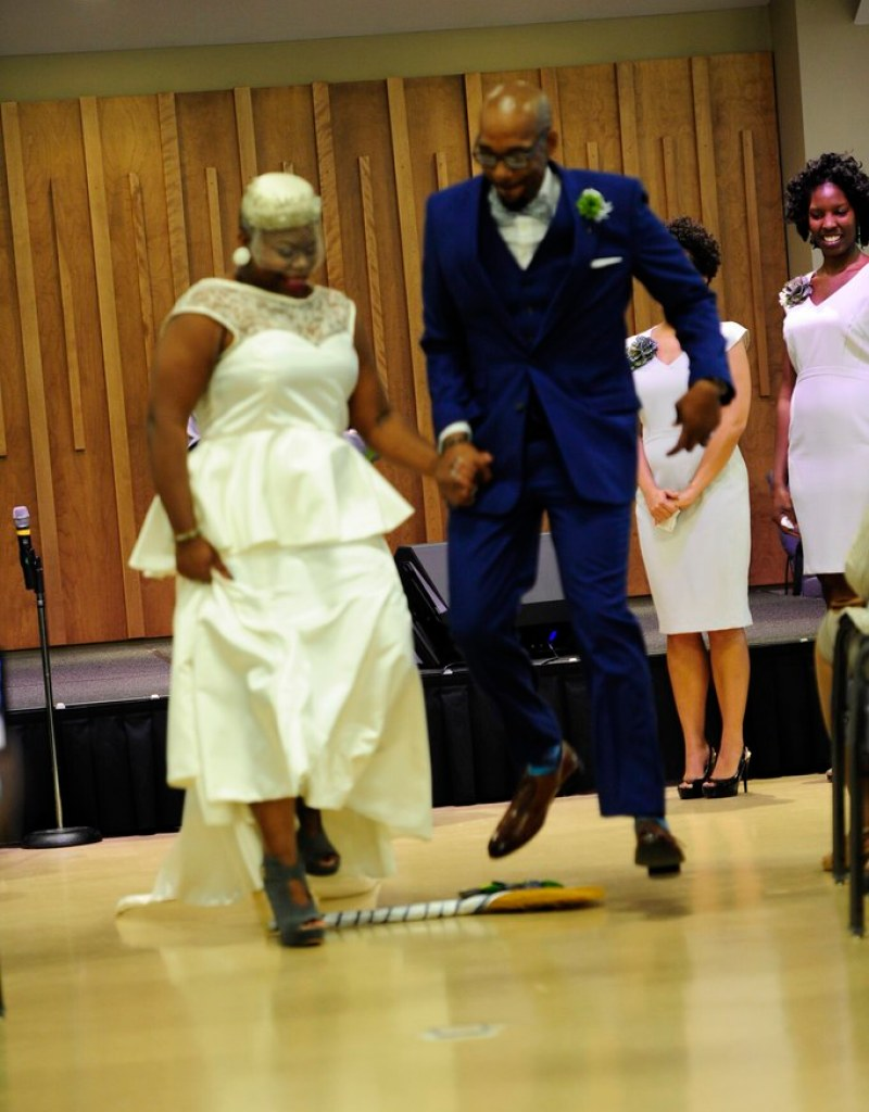 Music-themed wedding from @offbeatbride