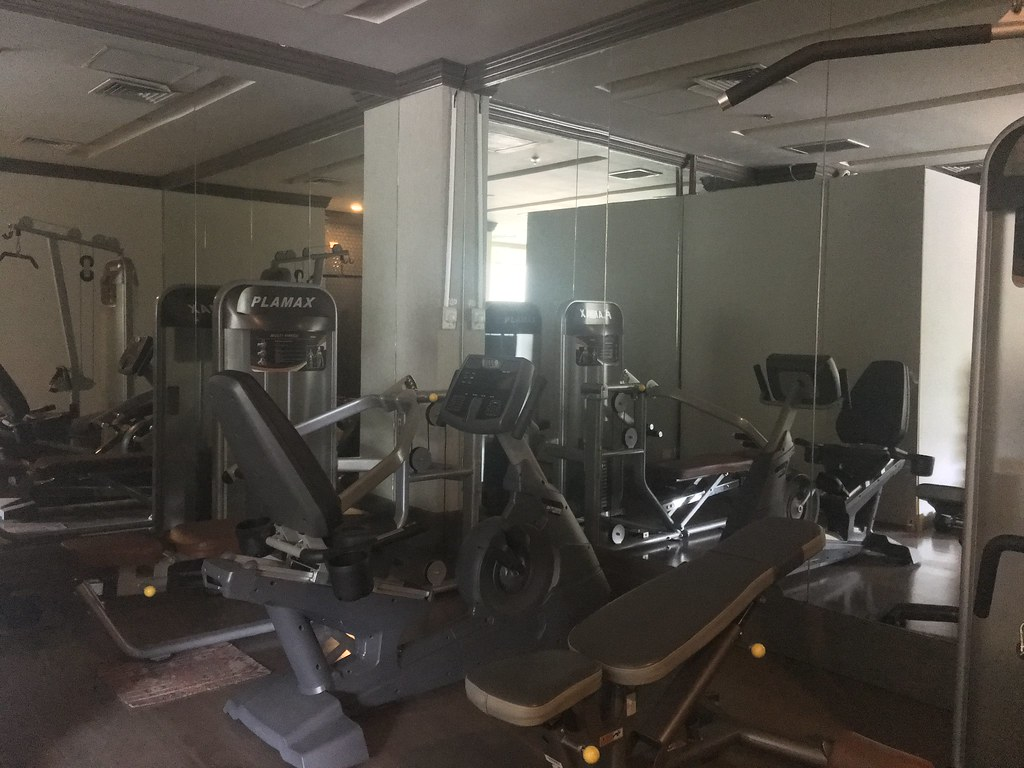 Gym at Parque España Residence Hotel
