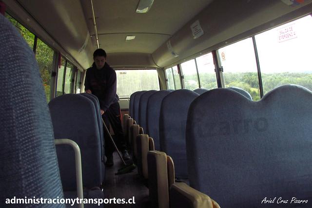 Queler Bus (Hermanos Ulloa Melián)   Isla Caucahue   Mitsubishi Fuso Rosa / FXRS78