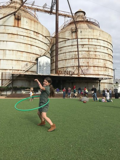 silo hooping