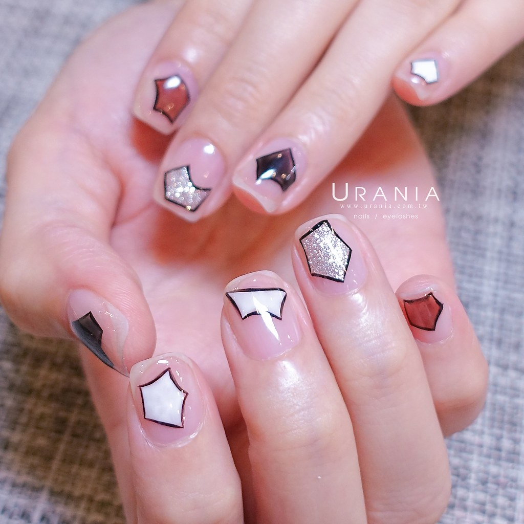 ♥ 幾何學的考驗!美甲師的指甲數學測驗 15