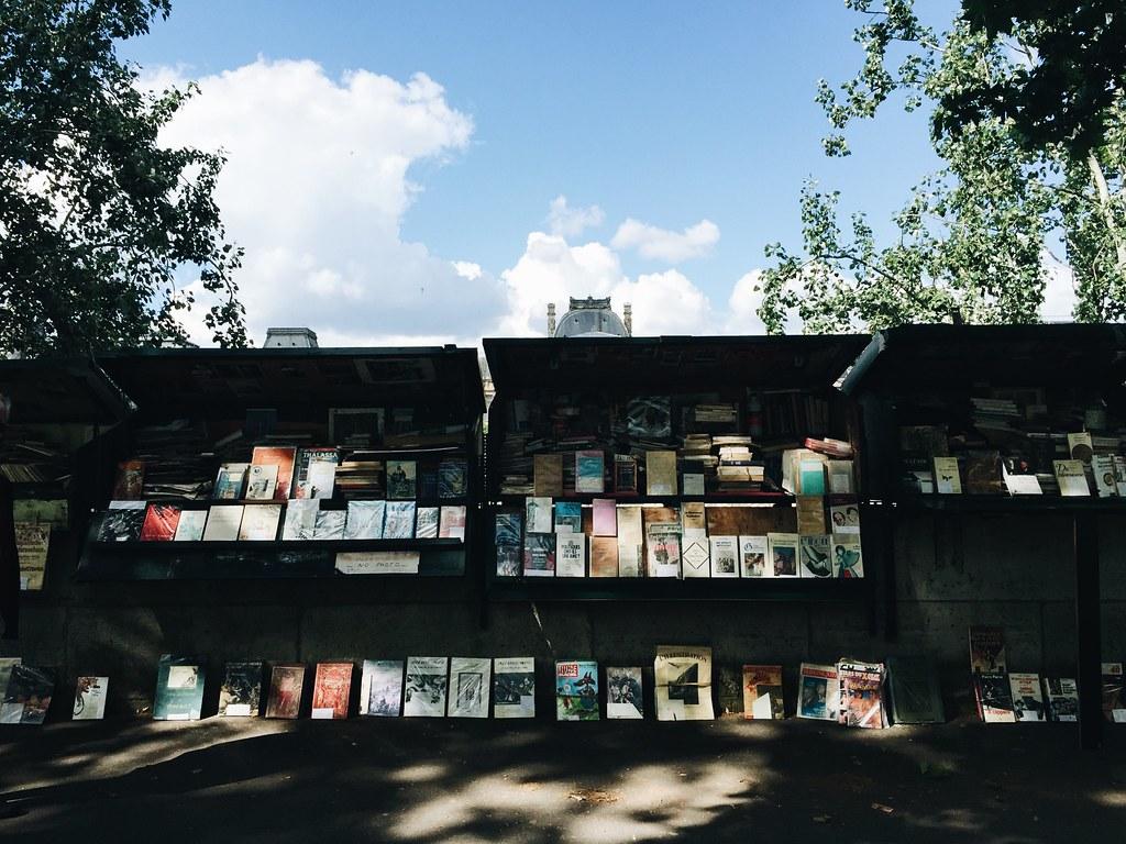 art books left bank paris