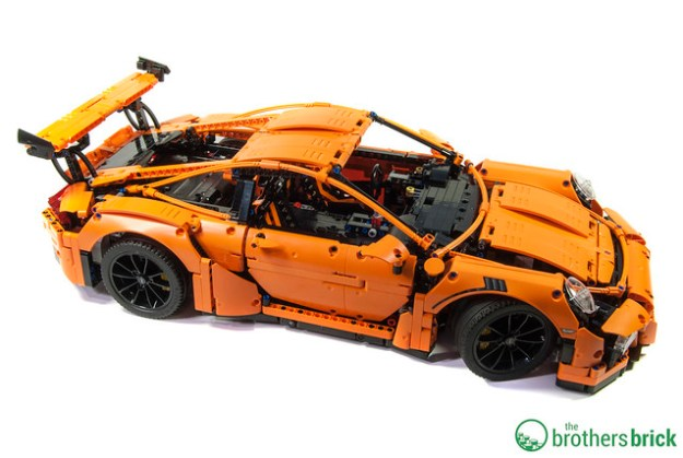 lego technic 42056 porsche 911 gt3 rs breathtaking perfection review the brothers brick. Black Bedroom Furniture Sets. Home Design Ideas