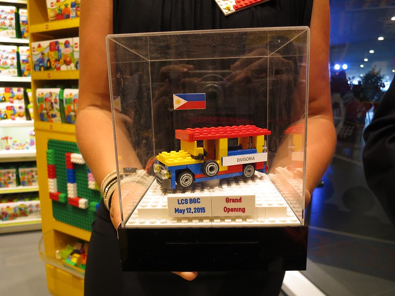 Lego jeepney
