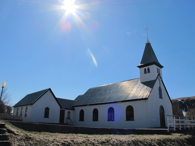 2015.05 Iceland - Tiny Church