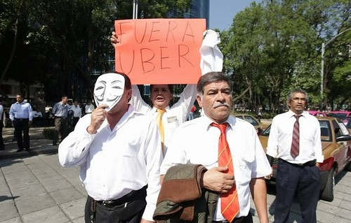 Impedirá Edomex la operación de Uber, advierte Eruviel Ávila