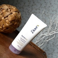 Beauty: Dove - Derma Spa Youthful Vitality Body Lotion